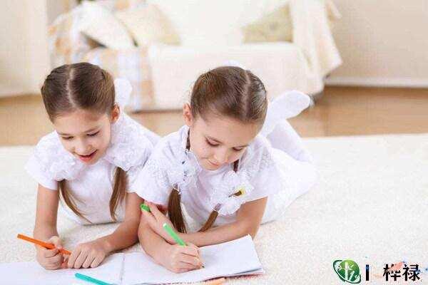 怎么理解双胞胎八字相同命不同