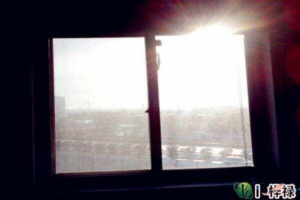 窗户朝向的房子风水影响有哪些  第3张