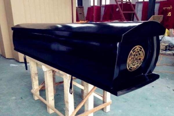 棺木的选择风水禁忌,下葬棺木朝向风水禁忌  第3张