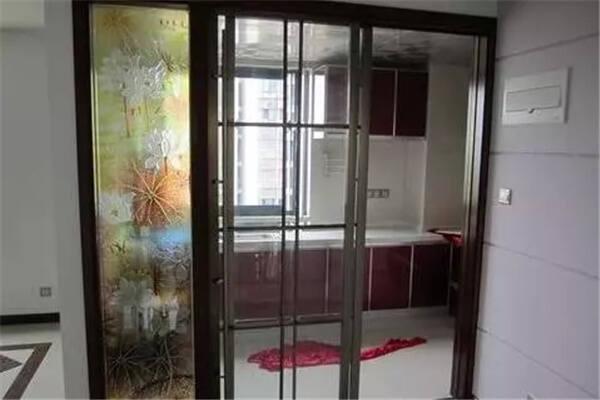 厨房大门装修风水讲究