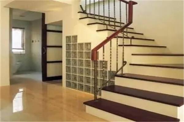 风水中楼梯对人的影响大吗