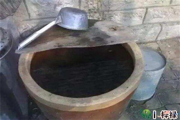 农村水缸摆放在什么位置招财