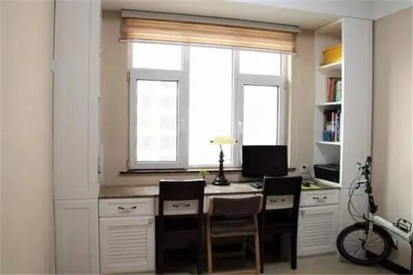 家里的书桌怎样摆放最有利于风水