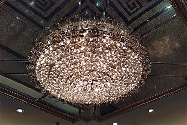 客厅安装水晶灯选风水好吗